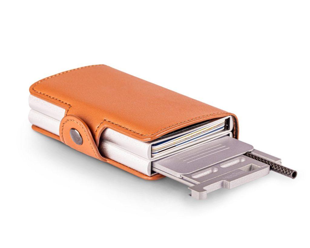 Secure Box Use Case Fits in SecrID